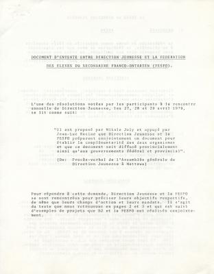 Texte dactylographié, en français. Les titres apparaissent en lettres majuscules et sont soulignés. Le texte procède par article. À la page 5, des espaces sont laissés en blanc pour les signatures des présidences des deux organismes.