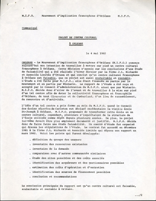 Document typed in French, with handwritten notes in black ink. The document presents information in abbreviated form.