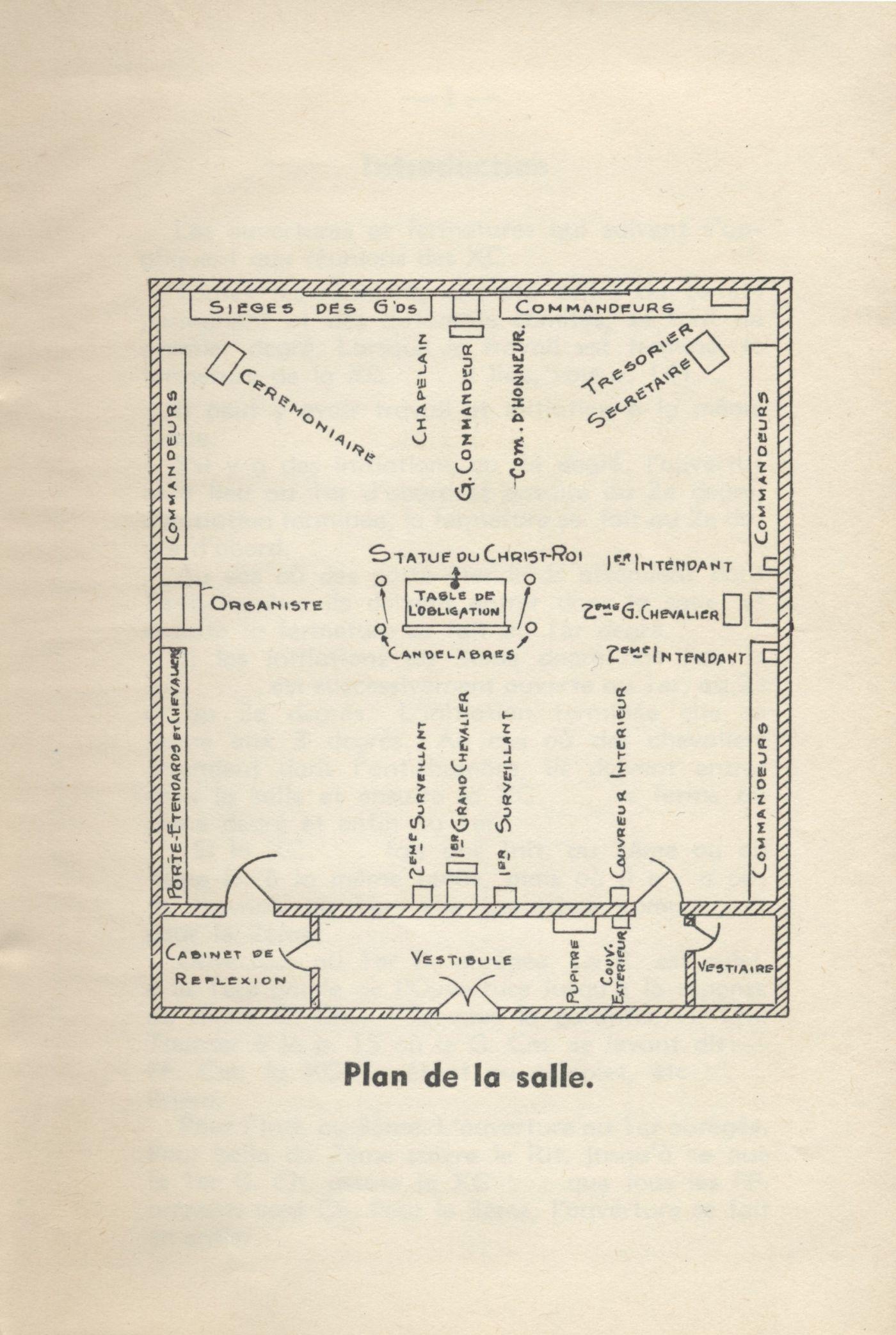 Document imprimé, en français. La page couverture ne comporte qu'un titre, inséré entre deux bordures décoratives. Le mot « chapelain » est inscrit à la main, à l'encre bleue en haut de la page. Le document inclut trois remarques du censeur diocésain, en date du 10 mai 1928, ainsi que le plan détaillé d'une salle et de la place occupée par différents intervenants.